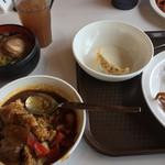 鶴カントリー倶楽部レストラン - カレーうまい ラーメンもあった!うまい