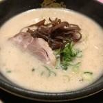 博多風龍 - とんこつラーメン 550円 夕飯!クリーミーなスープがうまい!