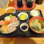 47526427 - 海鮮丼