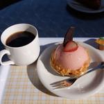 パティスリー シュエト - ケーキセット(ホットコーヒーとルジュール)