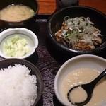 47529524 - 揚げ若鶏定食(税込820円)
