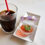 洋食 グラッチェ - ランチのドリンクとデザート