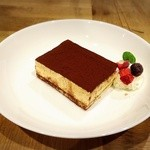 S.W.G cafe by ENLARGE - tiramisu