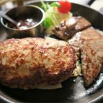 津の田ミート - ハンバーグとカットステーキのセット