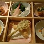 小松庵 - 新作の蕎花弁当