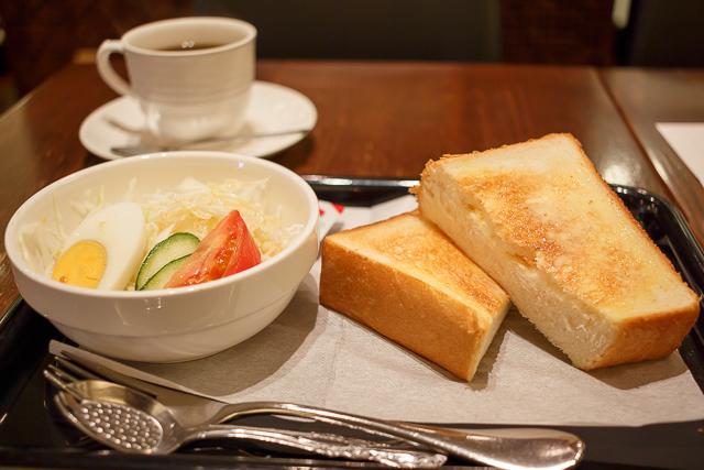 ヴァン・ヴェール 博多店 - トーストセット 580円