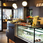 茶寮 翠泉 - 販売スペース