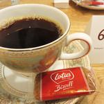 コーヒーマン - コーヒー焙煎日本チャンピオン(ジャパン・コーヒーロースティング・チャンピオンシップ2014・焙煎部門の優勝者)がオーナーのカフェです。