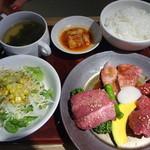 焼肉トラジ - 食べ初め御膳:2,500円