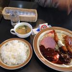 びわこキッチン - ジャンボランチと味噌汁