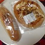 小麦畑のパン屋さん - 料理写真:めんたいフランス&お好み焼き(パン)^^