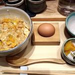 赤坂うまや うちのたまご直売所 - たまご丼 580円