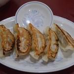 喜久 - 料理写真:餃子