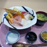 魚☆きんぐ - 料理写真:注文したキング三昧丼1280円の出来上がりです。
