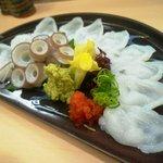 旭寿司 - 生タコの造り