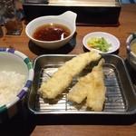 47572150 - 海老定食
