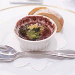 レストラン シャルム - エスカルゴの赤ワイン