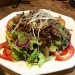 牛焼肉のっけ盛りサラダ