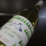 湯楽里館物産センター - ドリンク写真:ペンギンズ・リープ ナイアガラ2012