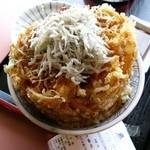 牧原鮮魚店 - 「篠島産しらすのかき揚げ丼」580円