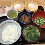 なか卯 - 卵ダブルで朝定食(牛肉)