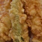四八天丼 - 天ぷらアップ
