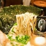 博多一双 - 特製ラーメン(麺)