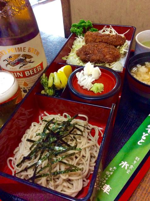 割烹食堂 水車 - 信州長野をイメージする蕎麦とソースカツ丼のセット。
