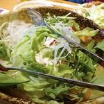 さぬき名物 骨付鳥 田中屋 - 豆腐サラダ    560円