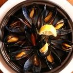 R - やっぱり美味しいムール貝のワイン蒸し