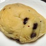 boulangerie montagne - 白パン(チョコ)