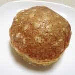 boulangerie montagne - クリームパン