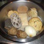 常夜燈 - 梅セットは10品をお鍋に入れて秘伝のだしをタップリ