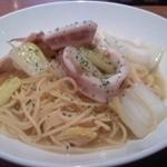 リボーン - いかと白菜のオイルパスタ