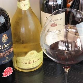 料理に合わせた豊富なイタリアワイン