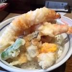 海鮮串天ぷら 中野家 - 2016年2月追加/白人を連想させる大振りながらフニャンとした海老天