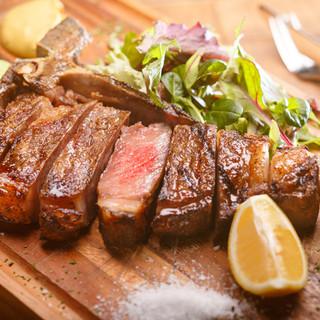 専用グリル板で焼き上げる「黒毛和牛門崎熟成肉」や「東京X」