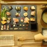 47618561 - 手織り寿司上
