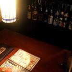 闇市倶楽部 - 4名様掛けのテーブル席