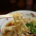らーめん天神下 大喜 - 麺のアップ