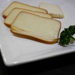 エナブ - スモークチーズ¥500 の一部