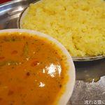 マハール - 野菜カレー(ベリーホット)&ライス