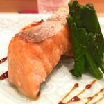 鮨 とかみ - 2016/02_桜鱒塩焼き、赤酢を煮詰めたソースで