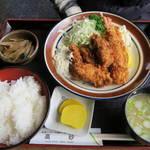レストラン高砂 - ミックスフライ定食980円