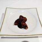 メゾン・ド・ユーロン - 国産ハーブ豚の黒酢の酢豚
