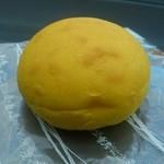 麦の香 - 料理写真:・かぼちゃパン 50円