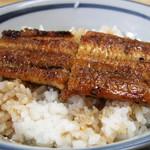 天野屋 - 料理写真:サービスセットのうなぎ丼