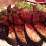 グリルマン - 子羊の串焼きと茄子のグリル