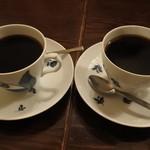 47638469 - ブレンドコーヒー、レジュブレンドとニレブレンド