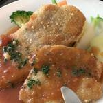 47642608 - 三元豚フィレ肉のカツレツ                       シャスールソース                       1000円(込)